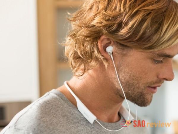 Kiểu tai nghe dạng choàng cổ