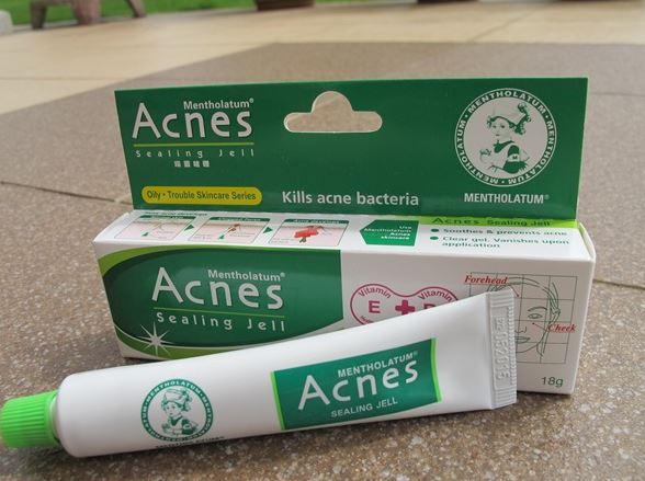 Kem trị mụn Mentholatum Acnes